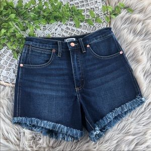 Wrangler Distressed Hi Waisted Denim Shorts SZ 26